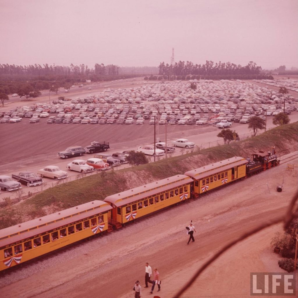 The Disneyland Railroad runs by the parking lot before any was built around the park.
